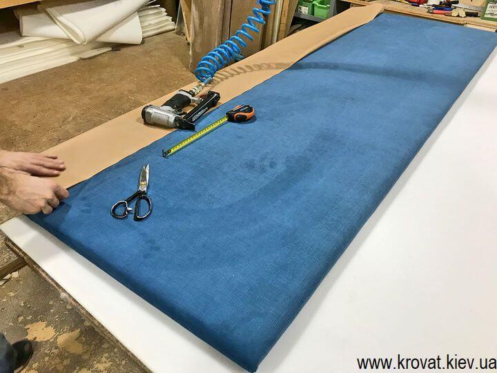 изготовление кроватей со спинкой сбоку на заказ