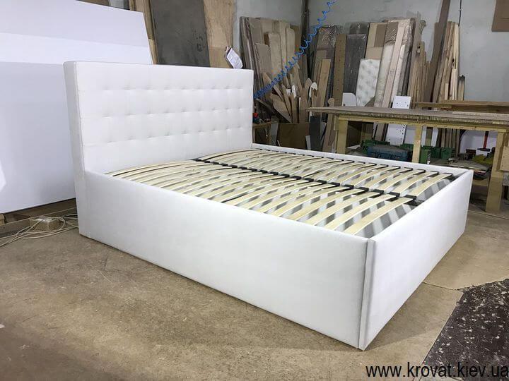 высокая кровать подиум в ткани на заказ