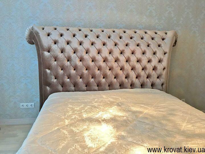 кровать с большим изголовьем Италия на заказ