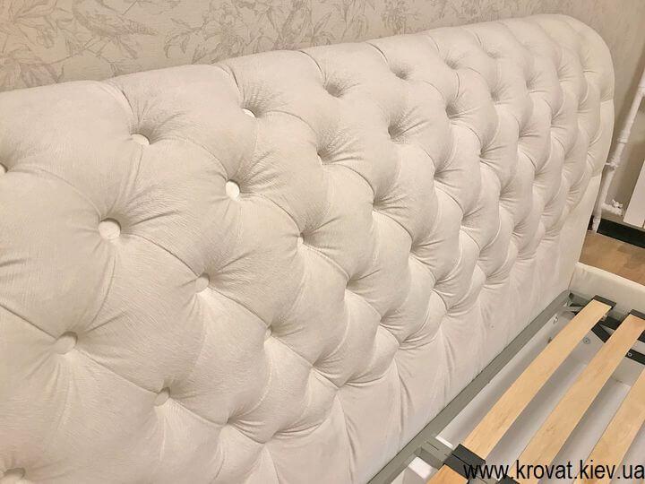 кровать без изножья с каретной стяжкой на заказ