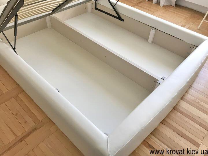 ліжко зі стіновою панеллю з нішею для білизни