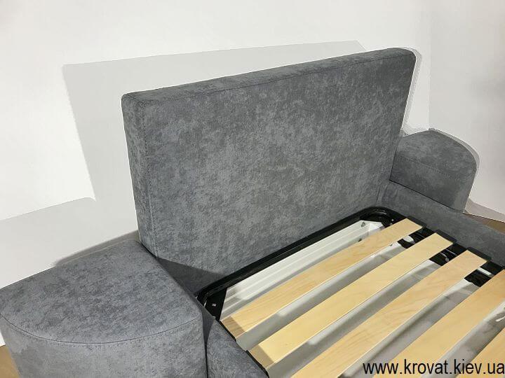 односпальная кровать с пуфами на заказ
