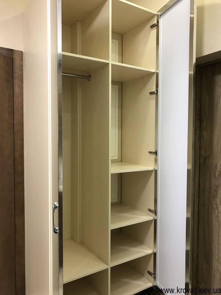 шкаф в небольшую прихожую с зеркалом на заказ