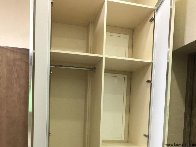 небольшой шкаф в прихожую с зеркалом на заказ