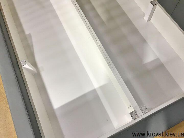 угловая кровать с нишей на заказ