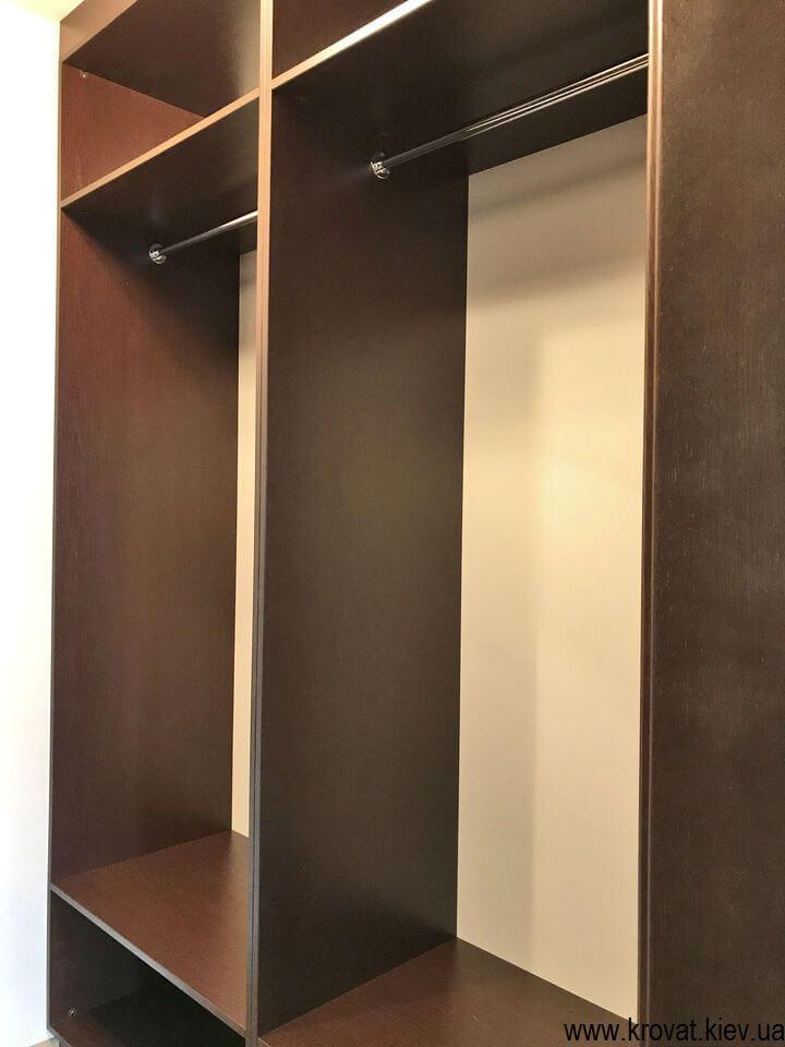 небольшая гардеробная комната на заказ