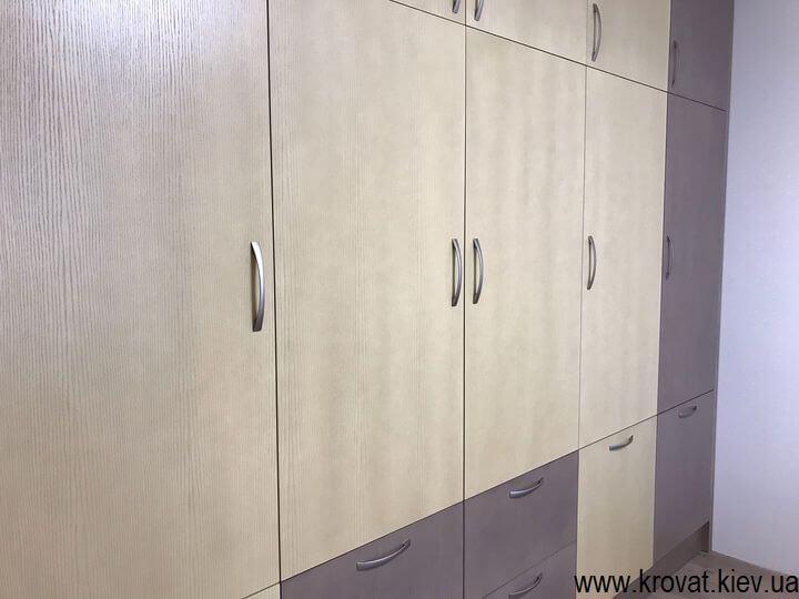 шпонированный шкаф в детскую на заказ