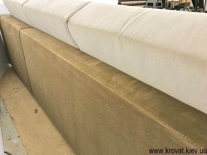 большие угловые диваны со спальным местом на заказ
