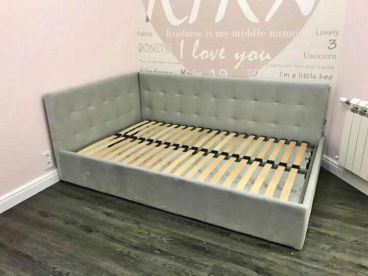 угловая кровать для подростка девочки на заказ