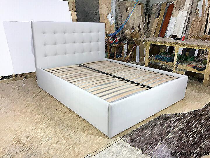 кровать в маленькую спальню на заказ