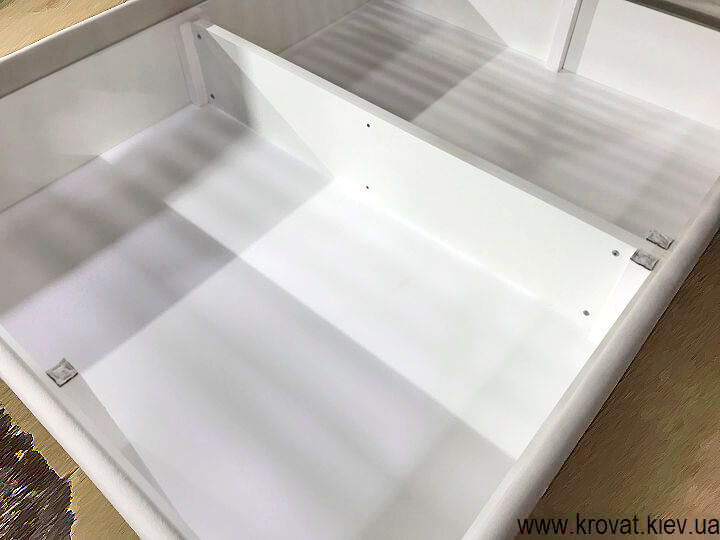 ліжко з ящиками в спальню на замовлення