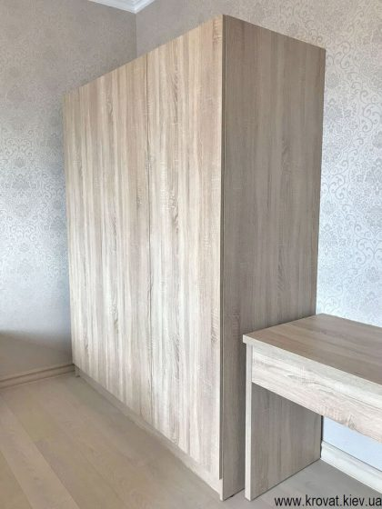 распашной шкаф в спальню на заказ