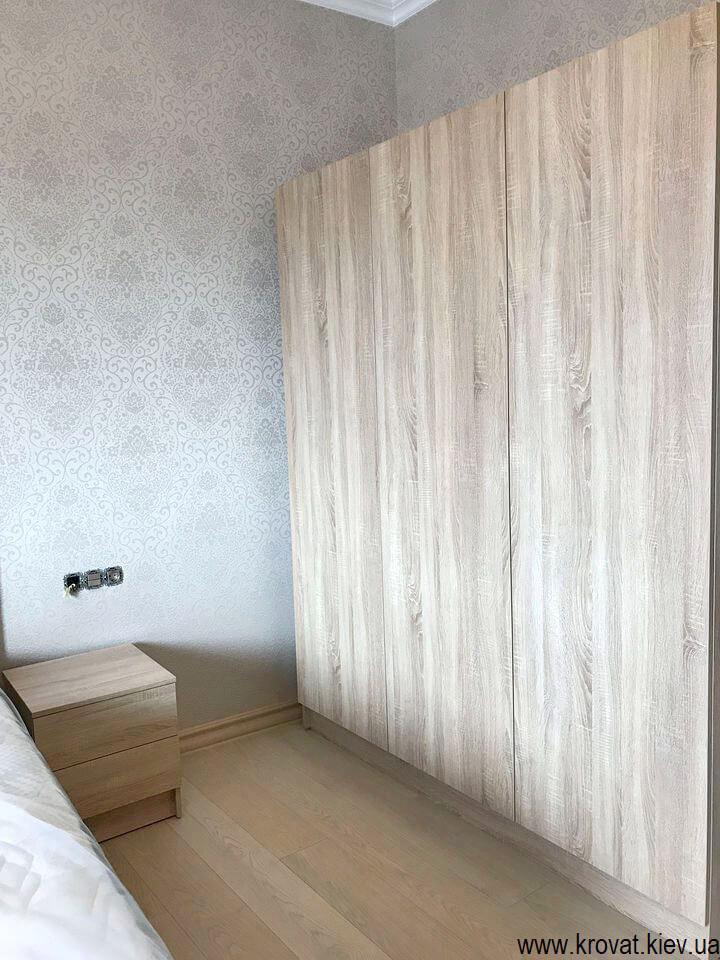 распашные шкафы в спальню на заказ