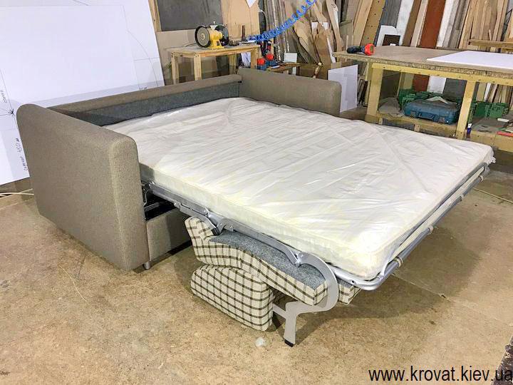 раскладной диван с матрасом для ежедневного сна