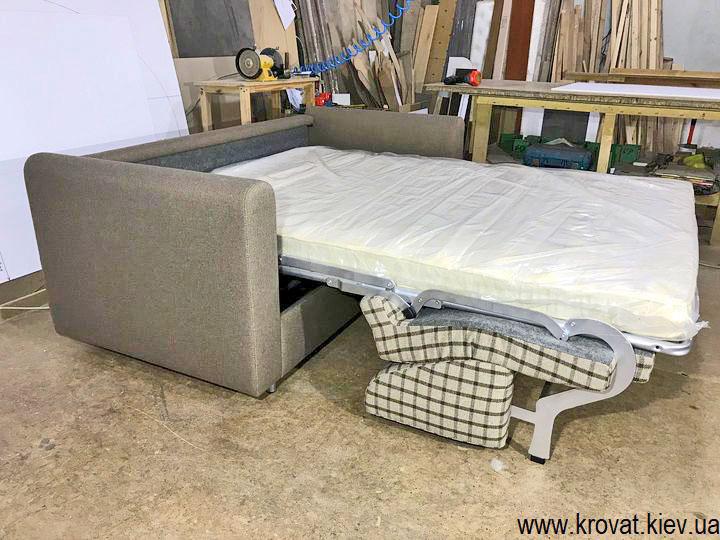 розкладний диван з ортопедичним матрацом