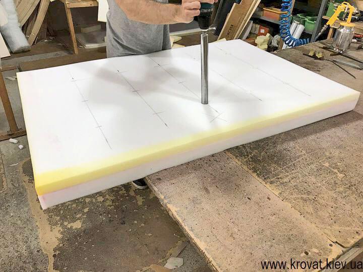 мягкая стеновая панель для дивана на кухню