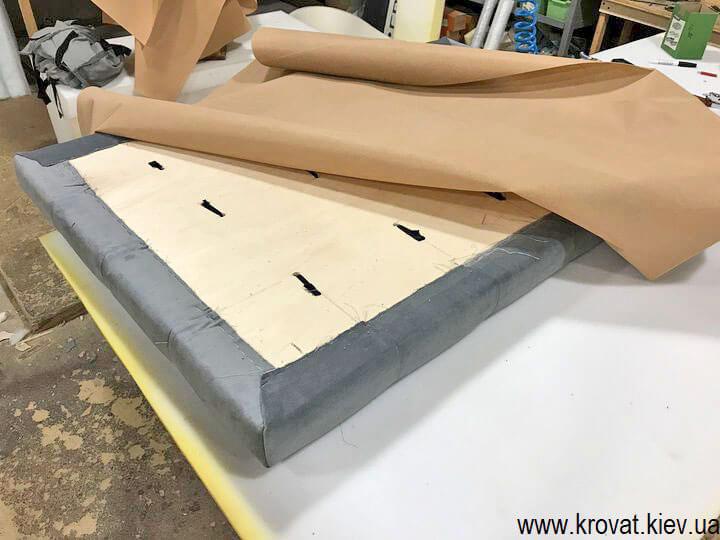 изготовление мягкой стеновой панели для кухонного уголка