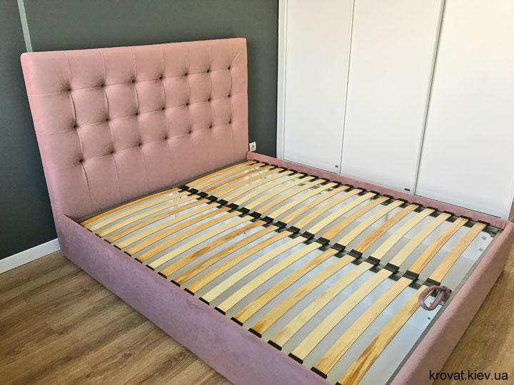 м'яке ліжко в спальню на замовлення