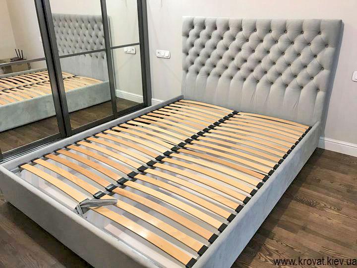 кровать 160х220 в интерьере спальни на заказ