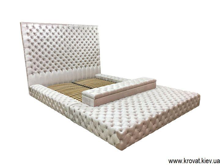 кровать в большую спальню