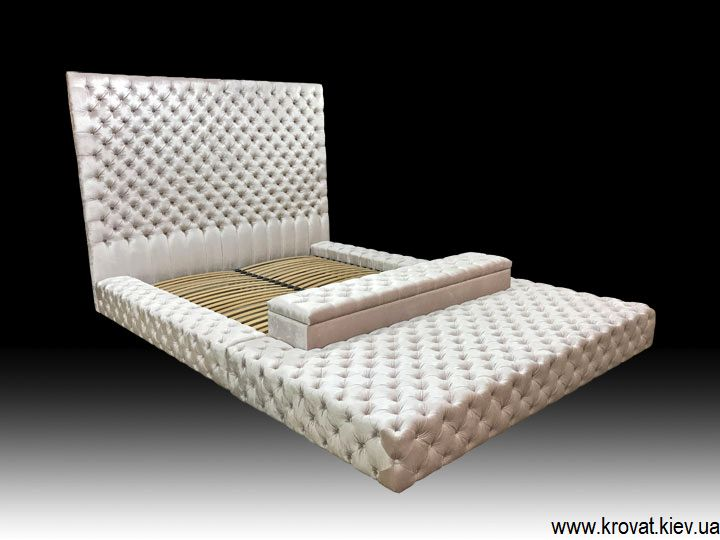 кровать в большую спальню на заказ