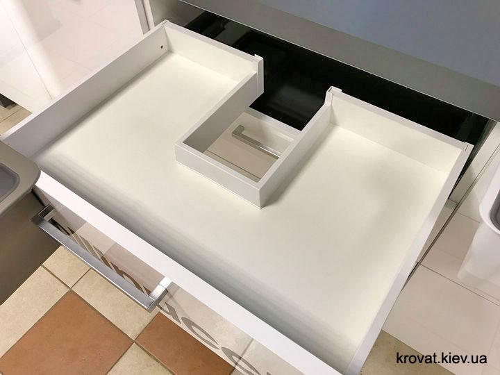 выдвижной ящик Blum legrabox с вырезом под мойку
