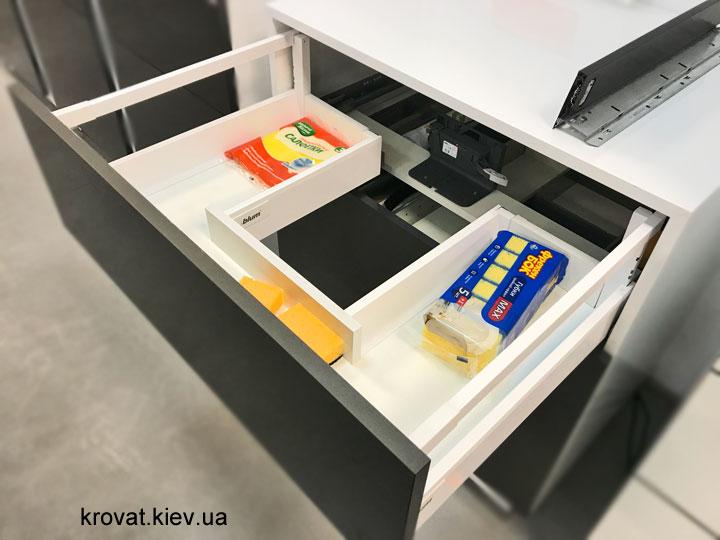 ящик под раковину с системой servo-drive blum