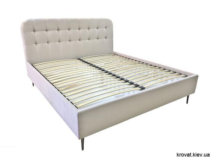 кровать с высокими ножками на заказ