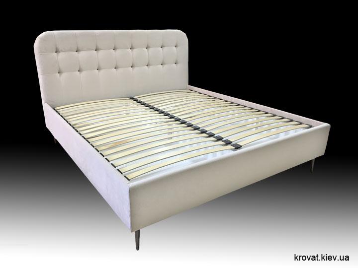 двоспальне ліжко з високими ніжками на замовлення