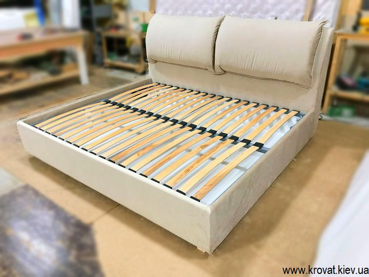 бічне ліжко на замовлення
