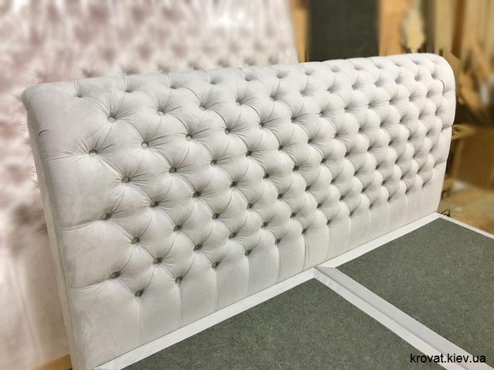 кровать 200х220 с каретной стяжкой на заказ