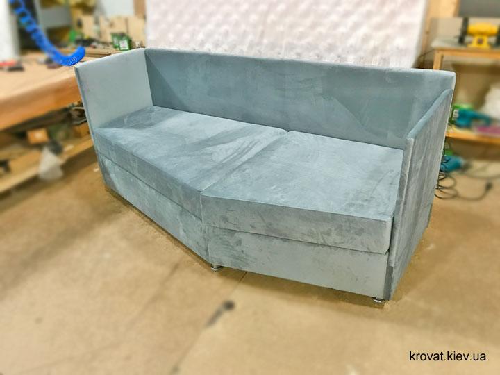 диван на балкон с нишей на заказ