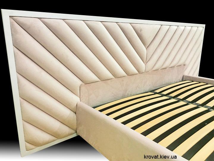 ліжко з м'якою стіновою панеллю на замовлення