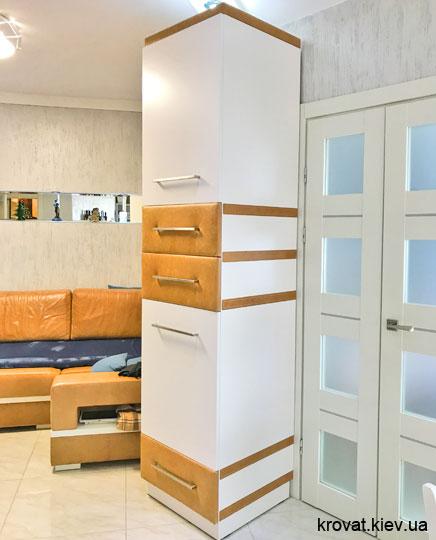 шкаф пенал в гостиную на заказ