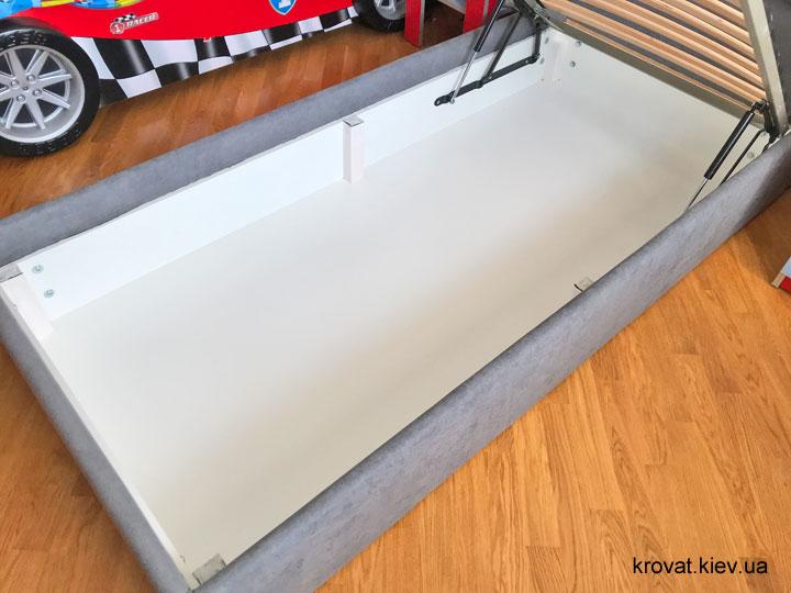 односпальне ліжко з нішею для білизни на замовлення