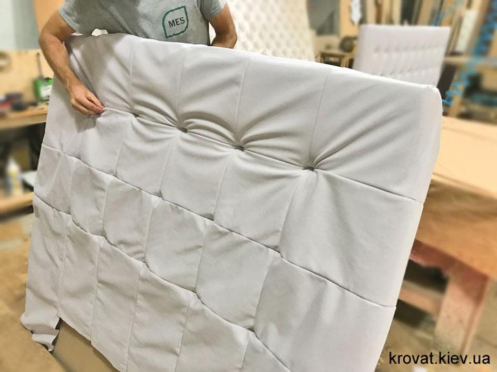 изготовление полуторных кроватей с боковыми спинками на заказ