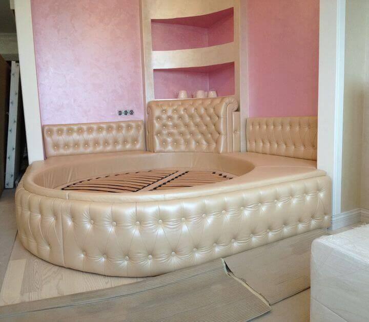 двуспальные круглые кровати на заказ
